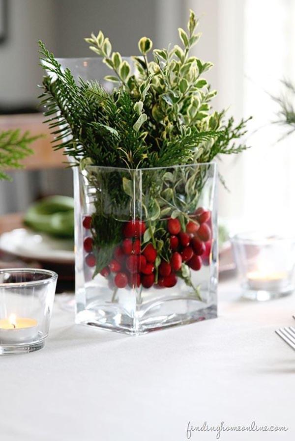 Simple Christmas Centerpiece Ideas