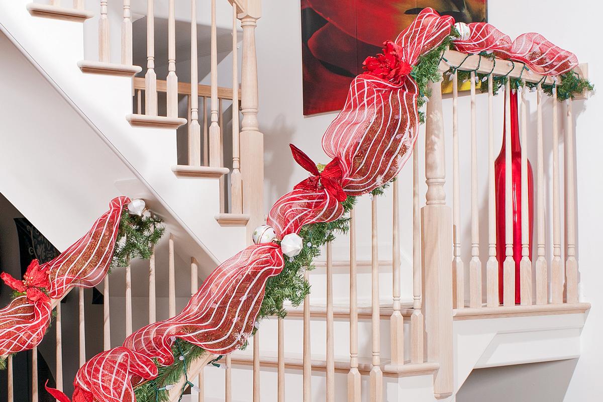 Top Christmas Staircase Decorations Christmas