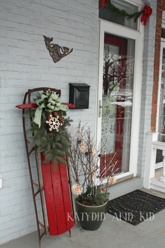 Top Sleigh Decorations