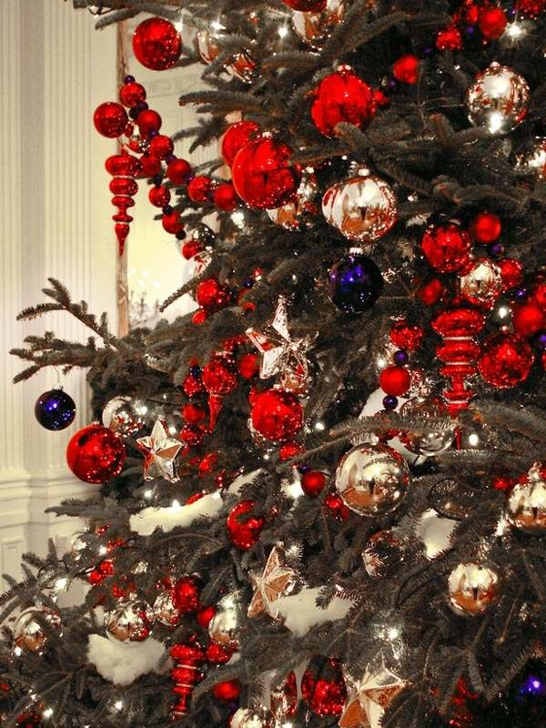 Fascinating Images Of Red And Gold Christmas Tree Decoration For Your Inspiration Ideas Inspiring Accessories