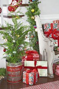 30 Mini Christmas Trees Decoration Ideas - Christmas ...