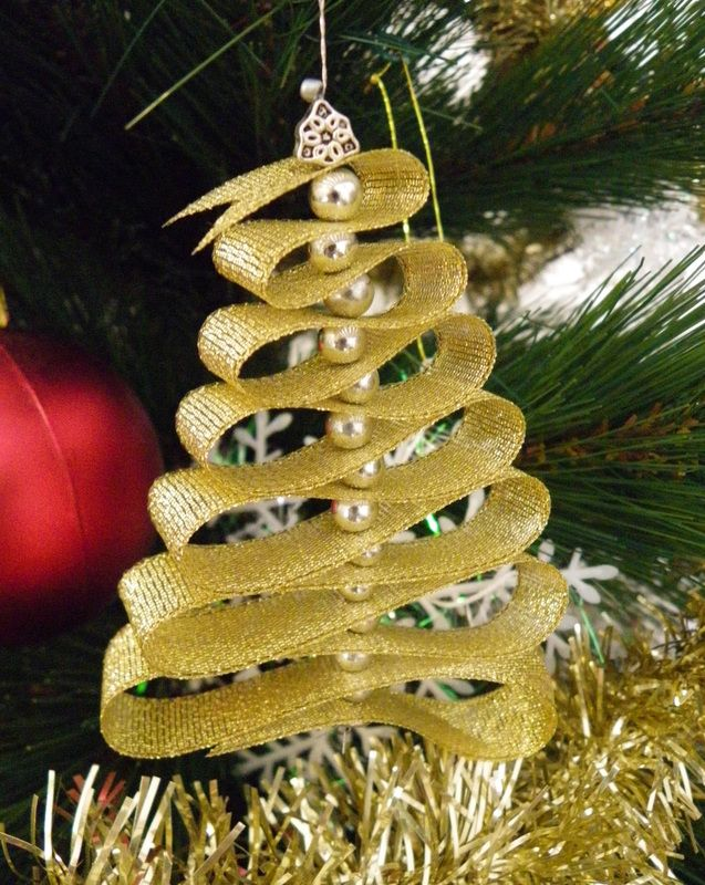 Christmas Decoration With Ribbon