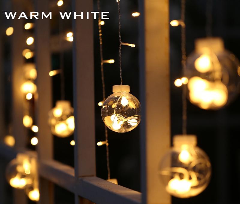 Christmas Light Decorations For Windows