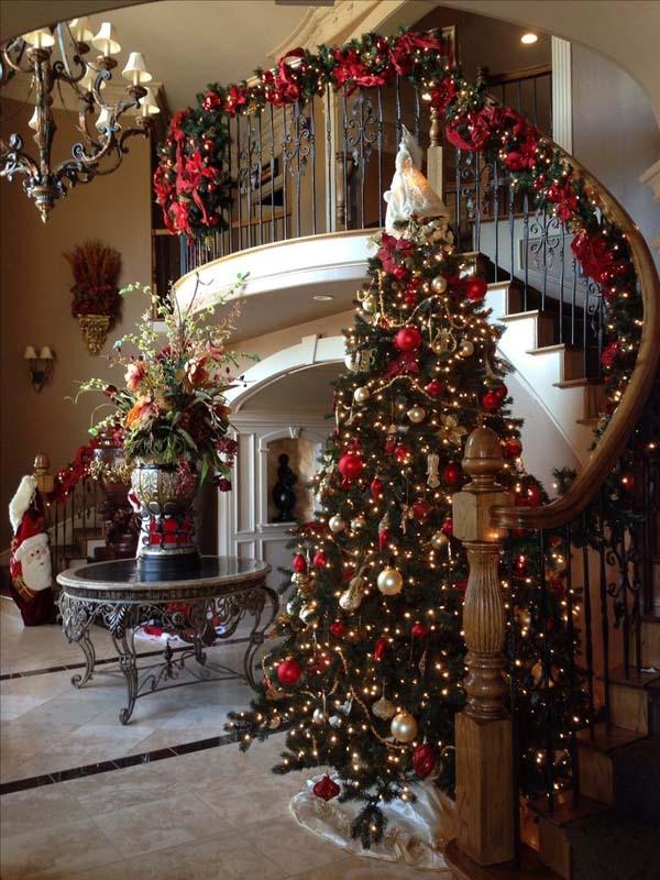 Elegant Gold Christmas Tree Decorating Ideas