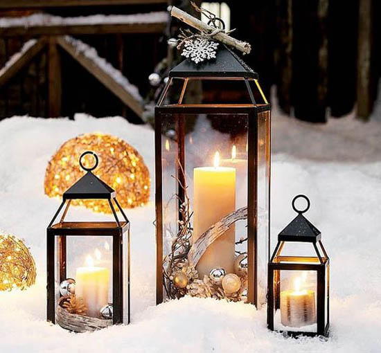 Stunning Christmas Lantern Decorations Ideas