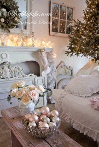 30+ Breathtaking Shabby Chic Christmas Decorating Ideas ...