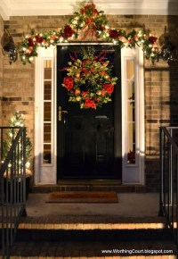 Most Loved Christmas Door Decorations Ideas on Pinterest ...