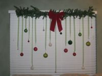 40 Scintillating Christmas Windows Decoration Ideas - All ...