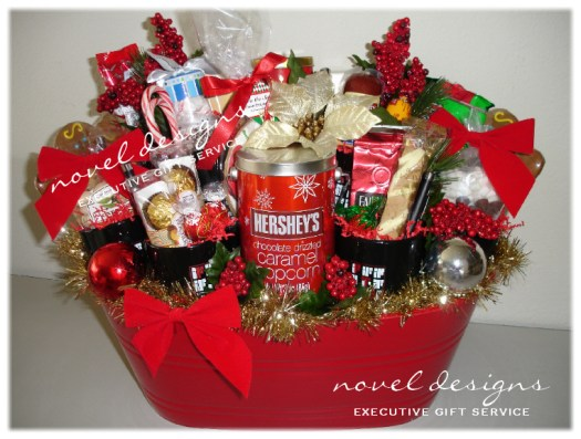 40 best christmas gift basket decoration ideas all about - Christmas Basket Decoration Ideas