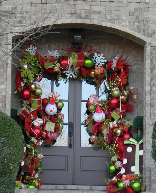 Christmas Decorations On Door
