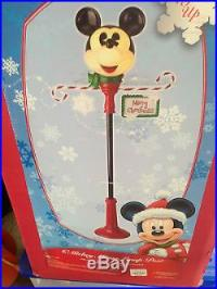 Disney Mickey Mouse Christmas Lamp Post New in Box