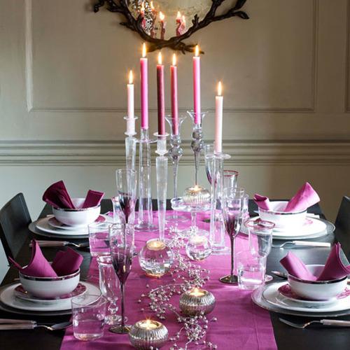 Pink Christmas table decor