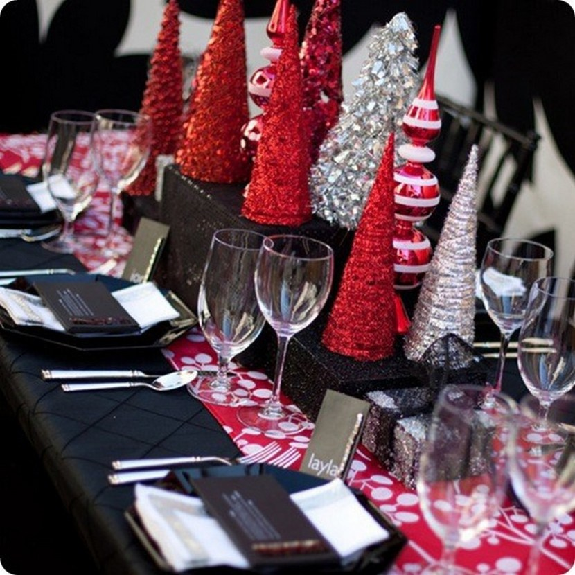 Modern red silver and black holiday table