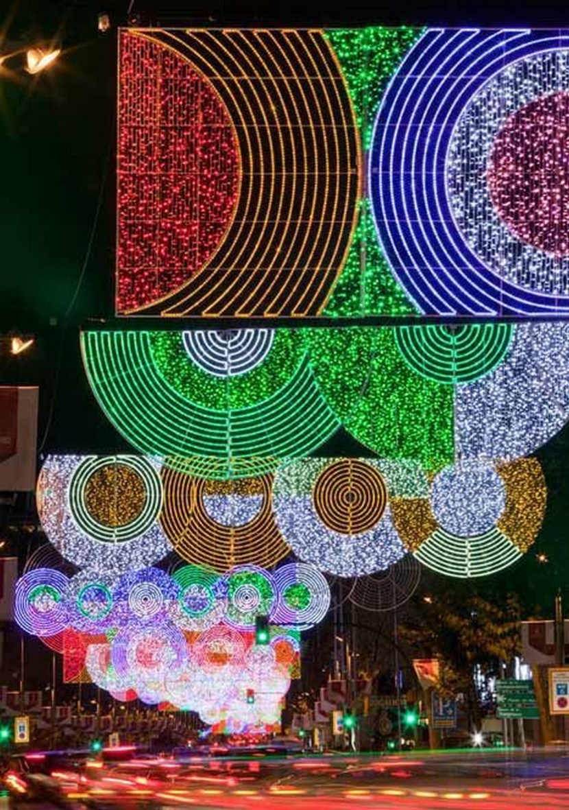 Madrid Christmas Lights – photo by Teresa Sapey