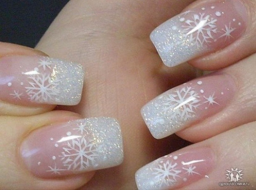30 festive christmas acrylic nail designs christmas photos snowflake nail designs prinsesfo Image collections