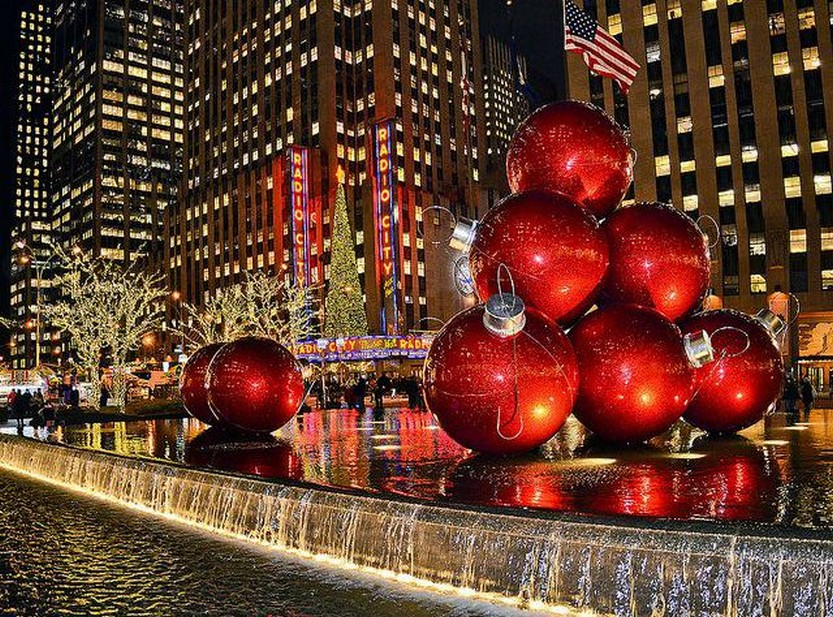 33 beautiful photos of Christmas in New York City USA 1
