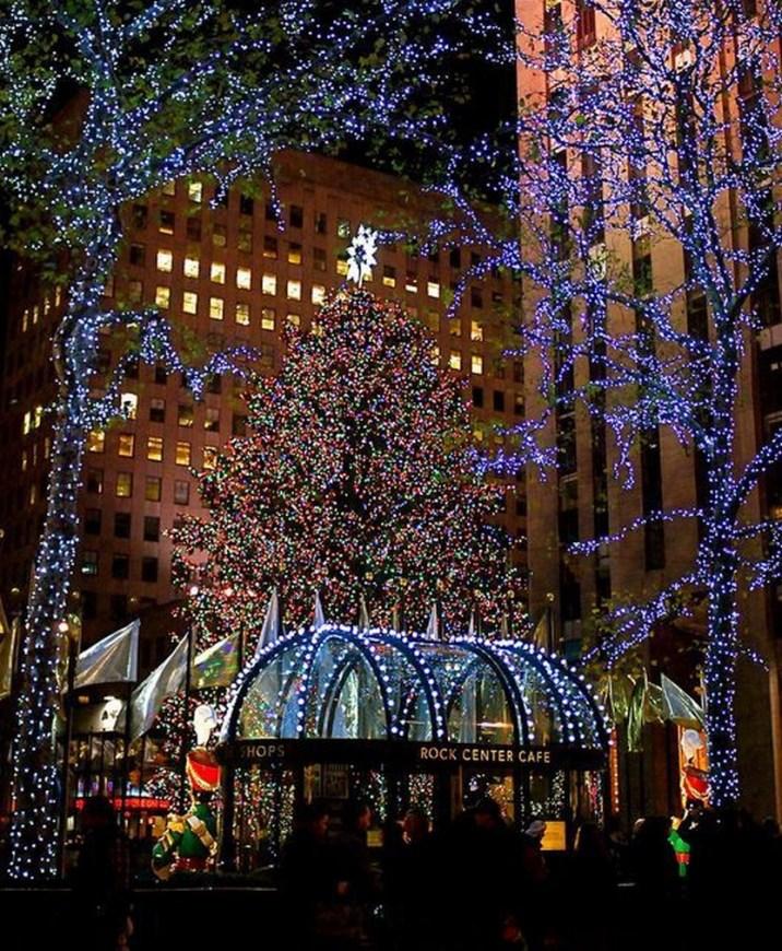 33 beautiful photos of Christmas in New York City, USA ...