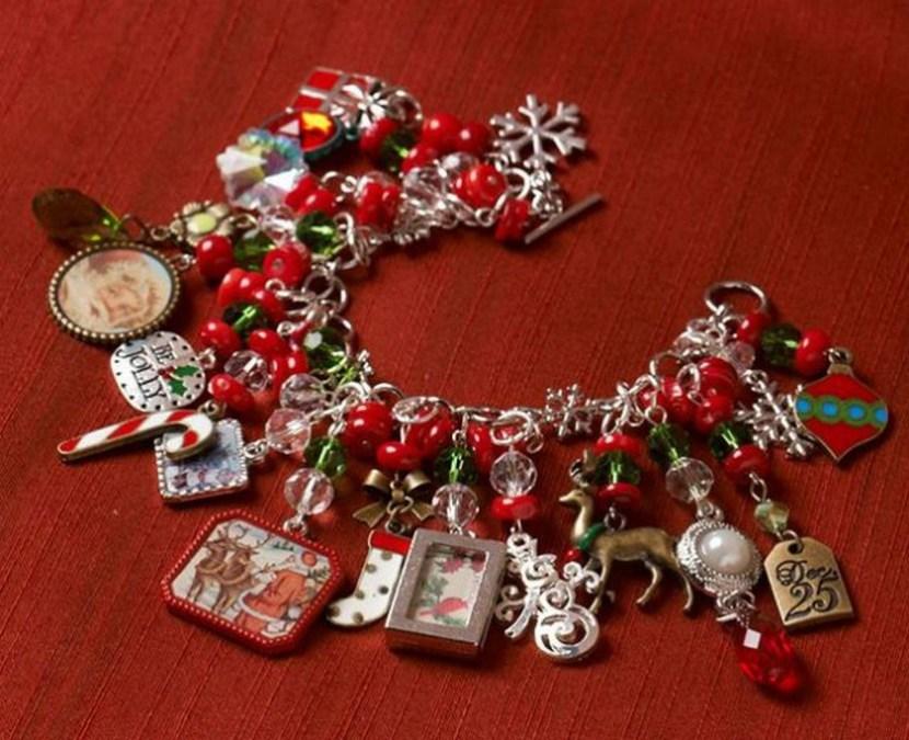 40 cute christmas jewelry ideas christmas photos On christmas jewelry craft ideas