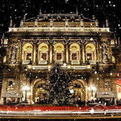 42 beautiful photos of Christmas in Budapest, Hungary