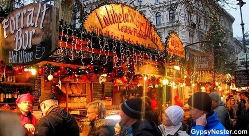 budapest christmas market map 2018