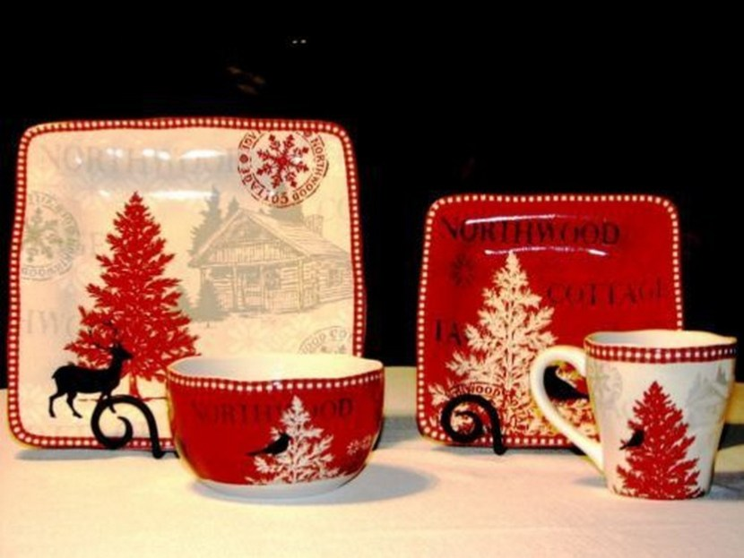 222 Fifth Northwood Cottage Holiday Christmas Dinnerware Set Service