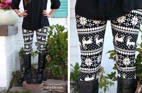 Black and white Christmas leggings