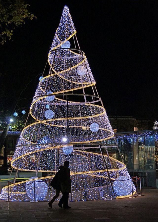 Christmas Tree, Duke of York Square, Chelsea, London