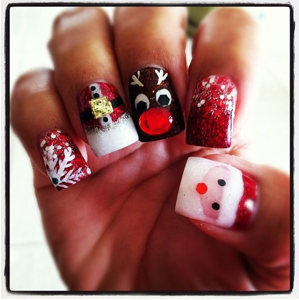 christmas-acrylic-nails-by-jeanine-l