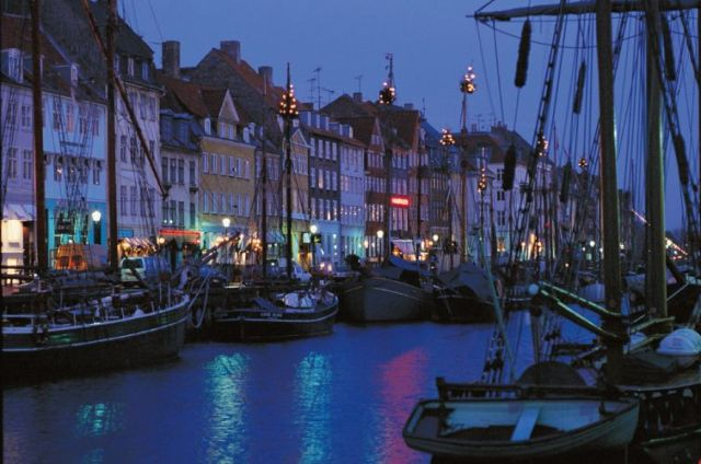 Christmas in Nyhavn, Copenhagen