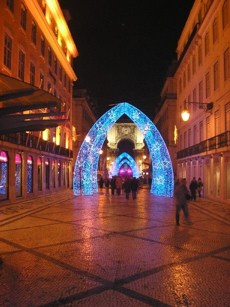 christmas-on-augusta-street-lisbon-portugal