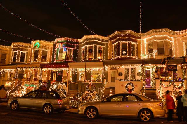 Christmas lights in Baltimore, USA