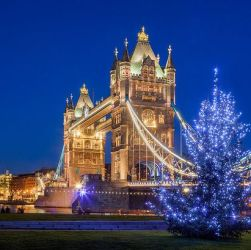 Tower Bridge Christmas