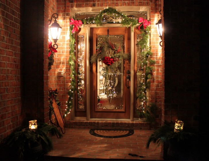15 simple design ideas for diy outdoor christmas for Simple outside christmas lights ideas