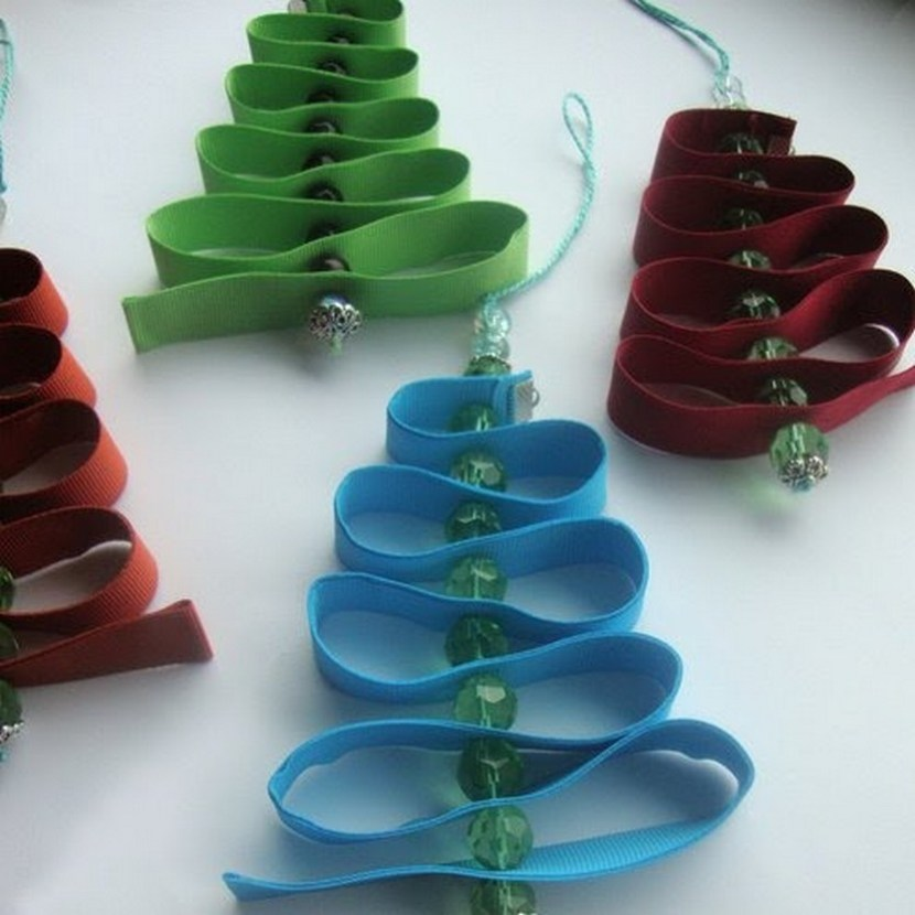 Easy Christmas tree decorations