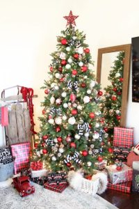 Rustic Charm in Red, White, and Black - Christmas Tree ...