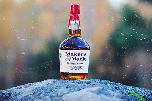 Maker's mark bottle outside