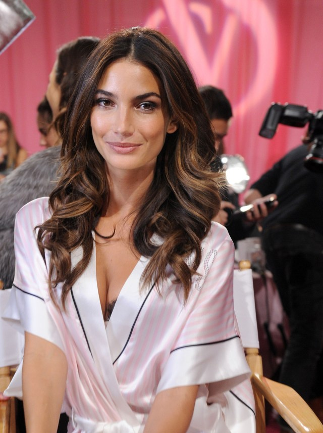 the best curls at the victoria's secret fashion show (and