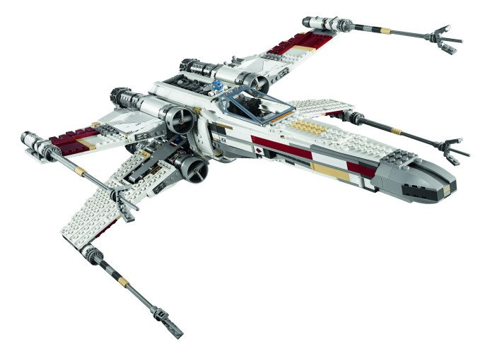 HighRes_LEGO Star Wars X Wing Starfighter