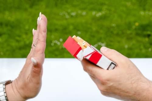 refuser une cigarette
