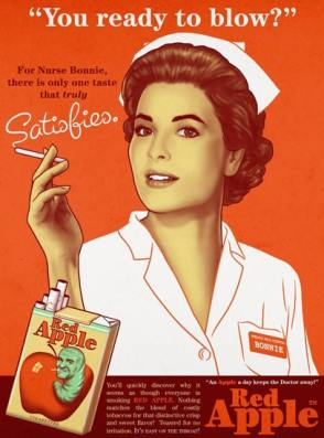 infirmière fumant une cigarette