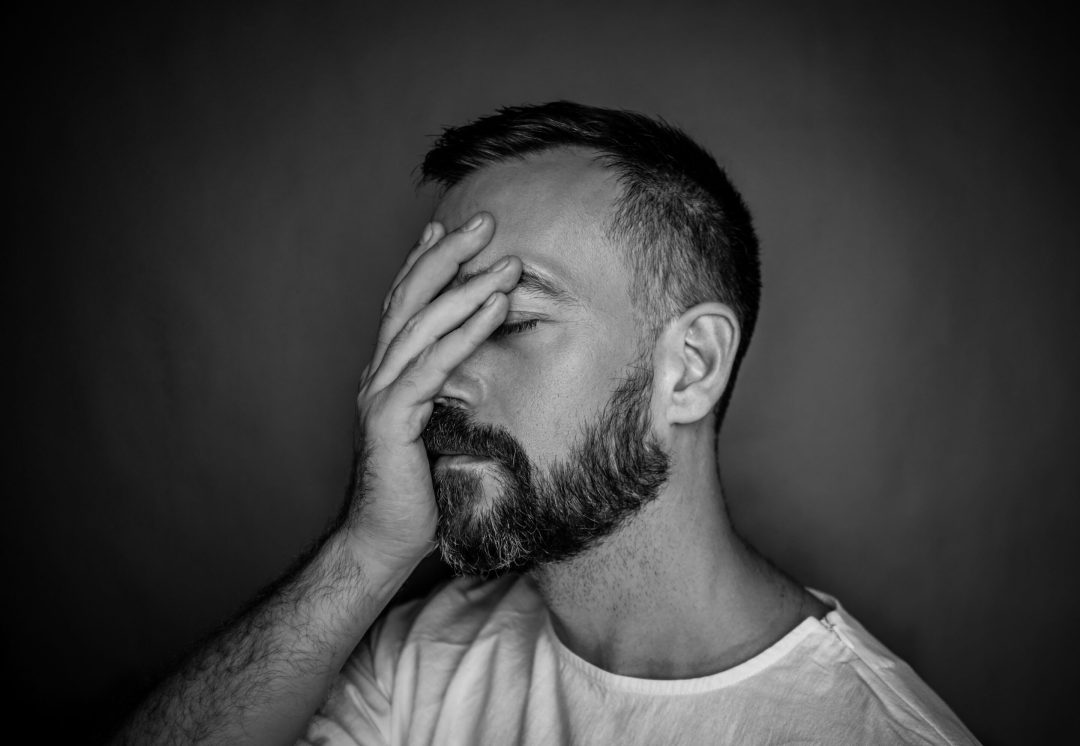 Mal réagir face à un imprévu : une réaction naturelle ?