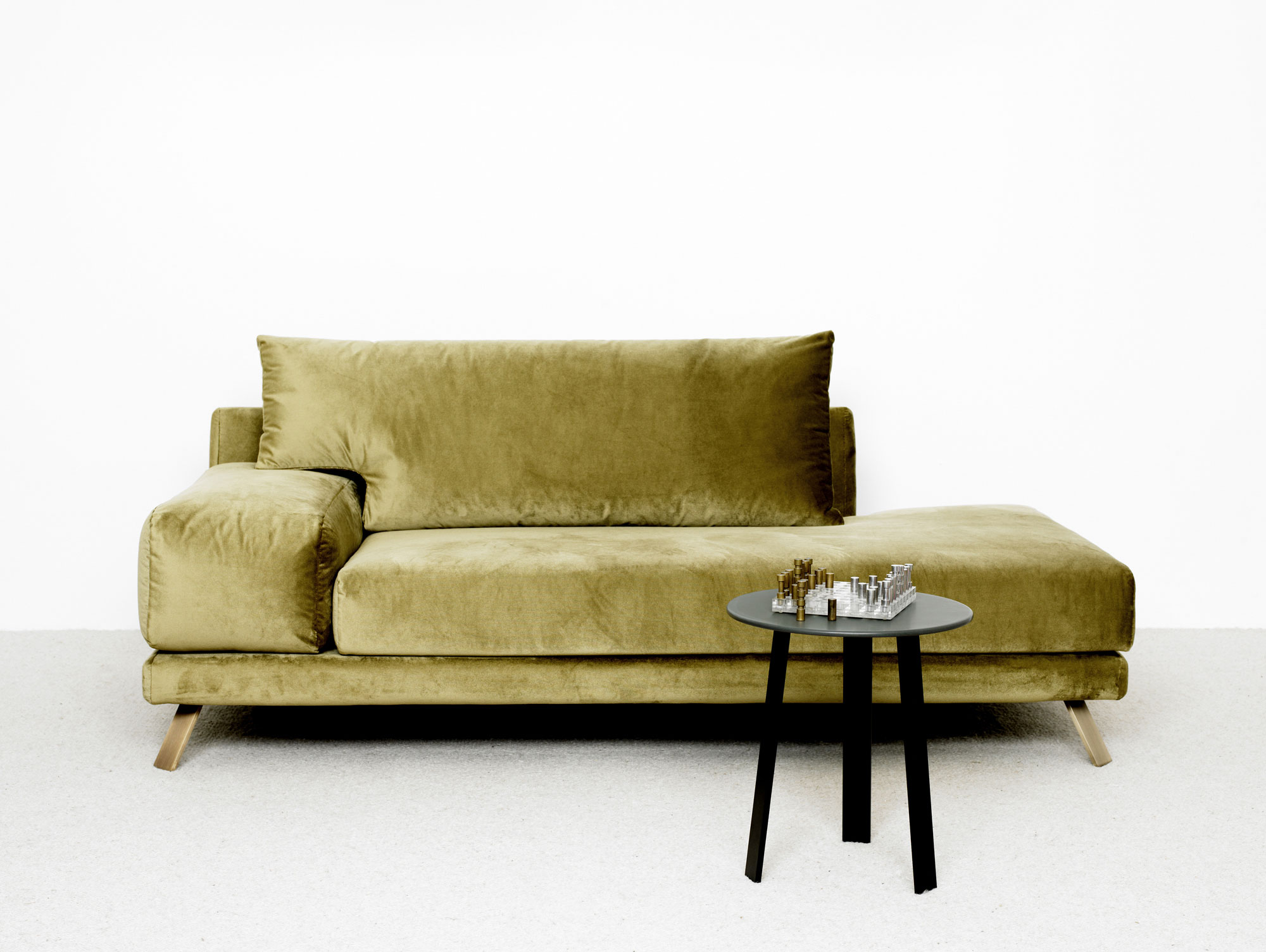 bob sofa christophe delcourt bouvier 3 seater 2 fabric set meridienne ian table appoint eze