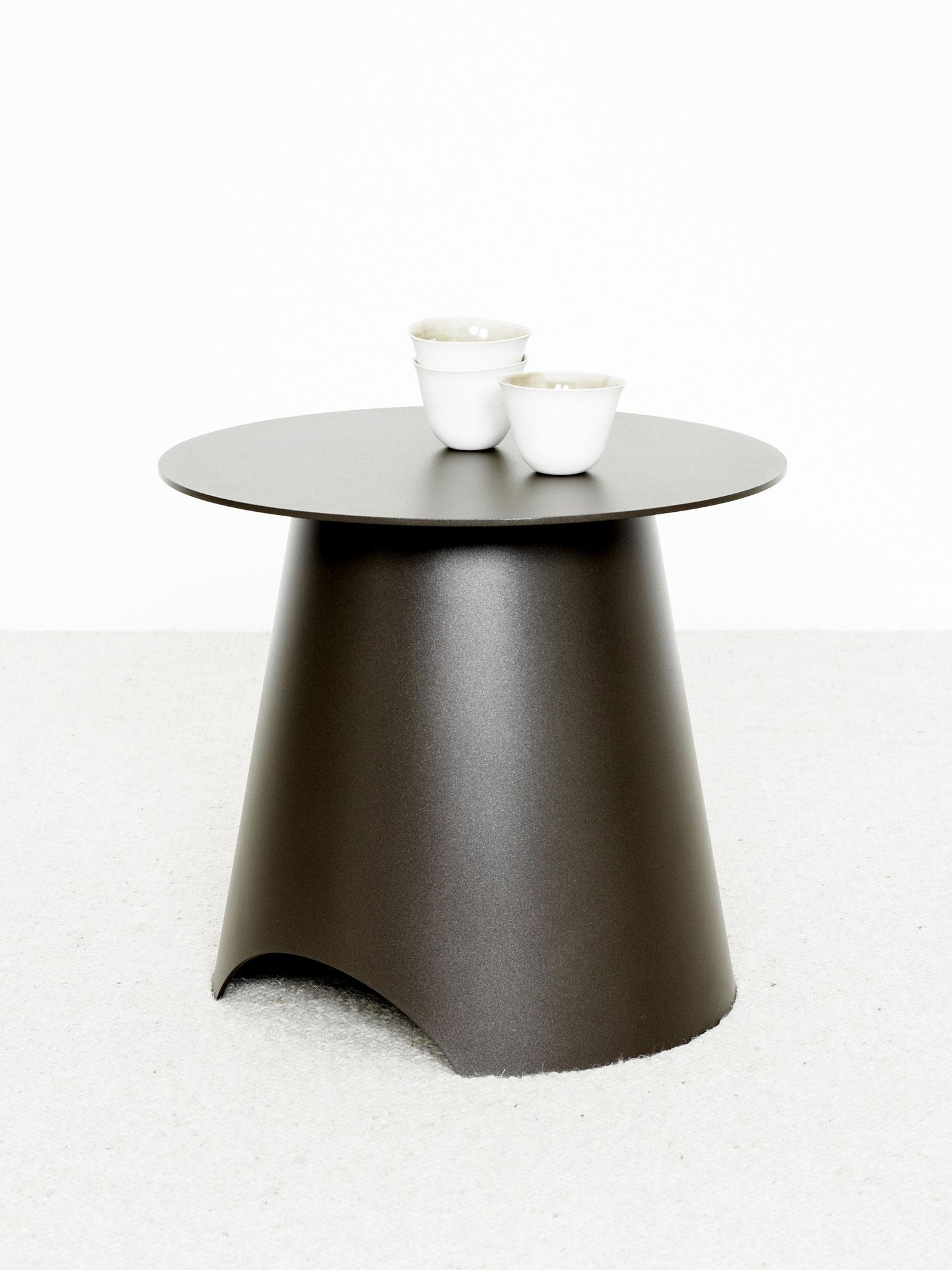 bob sofa christophe delcourt orlando florida table appoint max acier |