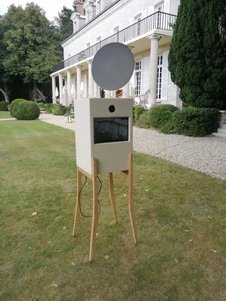 La Borne Photo by Christophe Lefebvre Photographe au domaine du Chesney Maisons-Laffitte Box seule