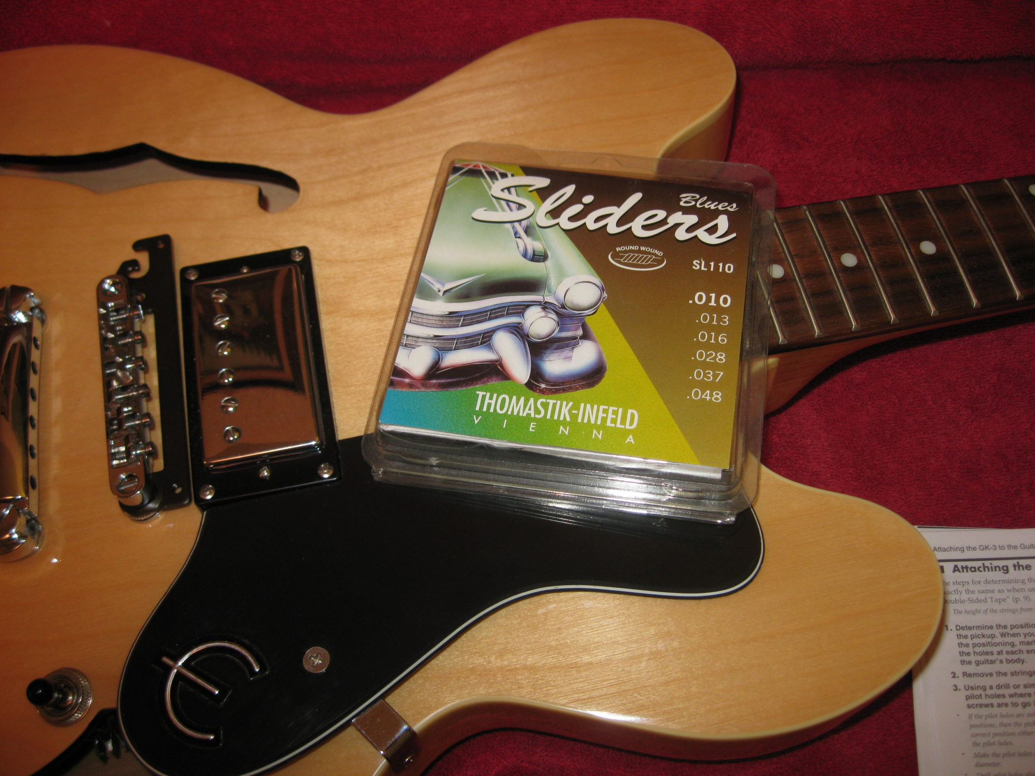 How to Install the Roland GK-3 Divided Pickup - Christopher