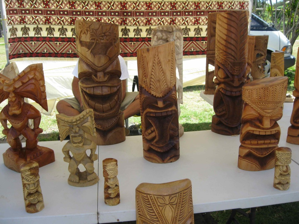 Oahu North Shore Tikis