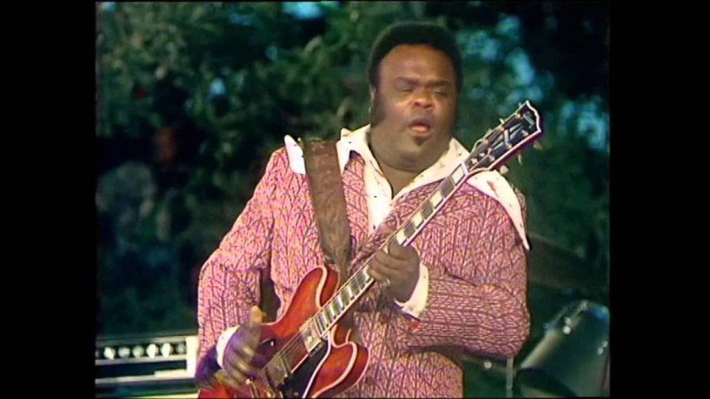 Freddie King with guitar