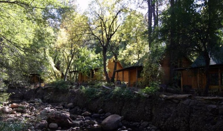 Cabins on the Creek in Christopher Creek
