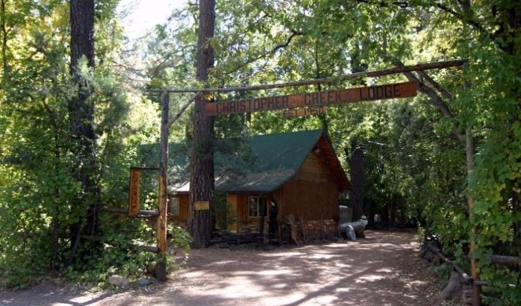Entrance to lodge in Christopher Creek AZ