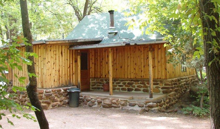 Log Cabins in Christopher Creek